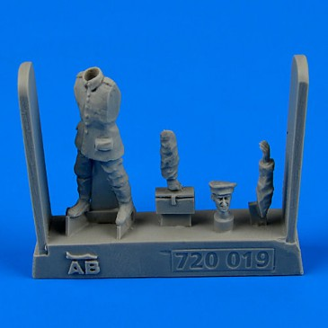 Aerobonus 720.019 - 1:72 German and Austro-Hungarian Aircraft Mec Mechanic WWI (1914-1918) part 4 -