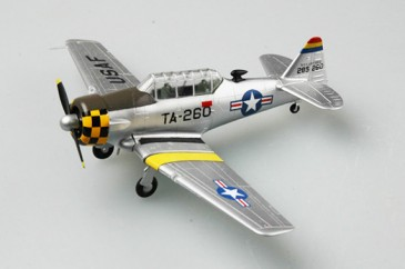 Easy Model 36318 - 1/72 Us T-6G - Base On Seoul City 1952 - Neu