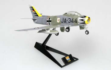 Easy Model 37103 - 1/72 F-86 - 1963 - Fertigmodell - Neu