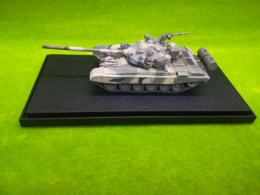 Modelcollect AS72119 - 1/72 Soviet Army T-72B Main Battle Tank,1980s - Neu